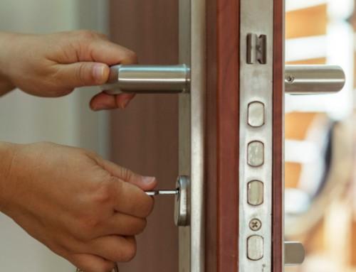 قفل درب تجاری