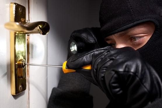 جلوگیری از سرقت از خانه
