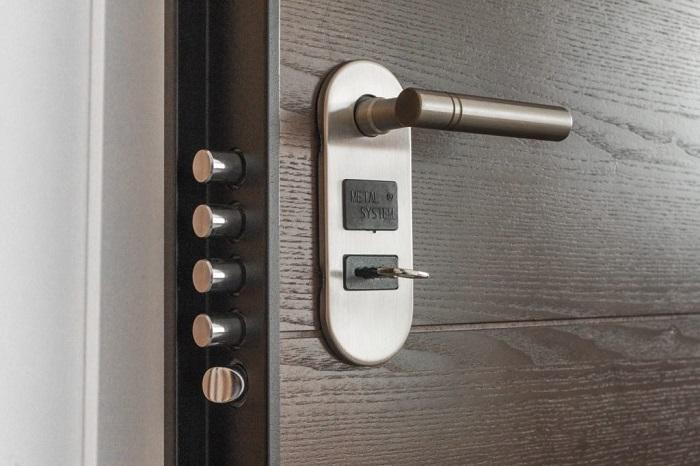 قفل مکانیکی درب چوبی